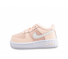 save off 9788c 2fa69 Chaussures Nike Air Force 1 LV8 bébé rose saumon