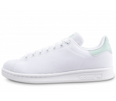 c241f03a14db9 adidas Stan Smith Triangle Trace blanche et verte - Chaussures ...