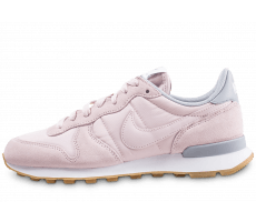 Chaussures Nike Internationalist rose et gris