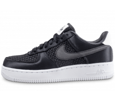 Chaussures Nike Air Force 1 SE Low noire