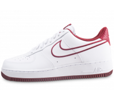 Chaussures Nike Nike Air Force 1 '07 Leather blanc et rouge