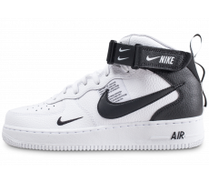hot sale online 0ee54 78ebf Chaussures Nike Air Force 1 Mid 07 LV8 Utility blanche et noire
