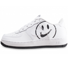 Chaussures Nike Air Force 1 LV8 blanche Have a Nike Day junior