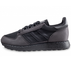 Chaussures adidas Forest Grove triple noir junior