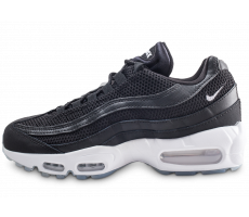 7e59f0c4357 Nike Air Max 95 Essential Triple noir - Chaussures Baskets homme ...