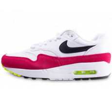 Chaussures Nike Air Max 1 blanche et rose