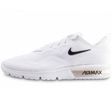 Chaussures Nike Air Max Sequent 4.5 blanche et noire