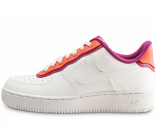 Chaussures Nike Air Force 1 07 LV8 blanc orange violet